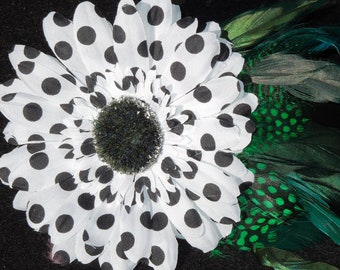 DOTTY - Big polka dot flower with green feathers hair clip