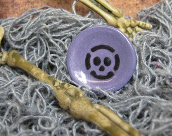 CLEARANCE 20mm skull dollhouse plate Halloween miniature pirate purple & black 1:12 scale one inch