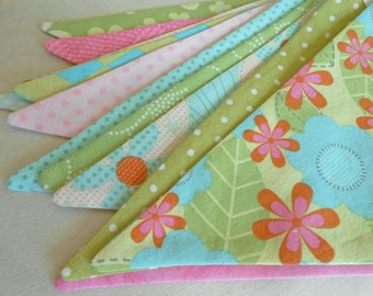 Pink and Green Fabric Banner/ Easter Spring Banner/ Baby Shower Decoration/ Photo Prop / Fabric Bunting in Pink, Green, Blue
