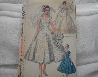 Vintage Bridal Gown Simplicity Pattern 1461