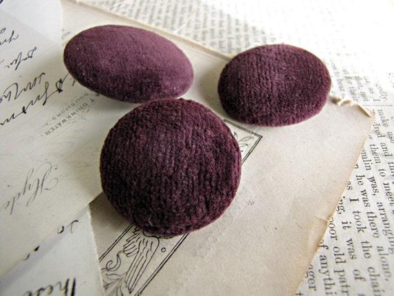 vintage cloth buttons - grape purple magenta velvet -  set of 3