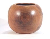 Decorative oak bowl, food safe interior, 18 x 15 cm (7.5 x 6 in)