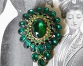 Emerald Green Victorian Dress Clip Brooch