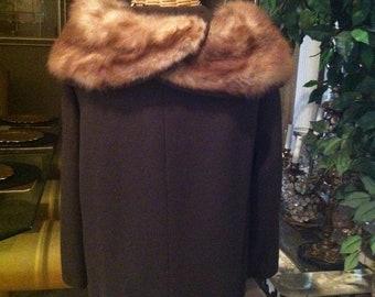 COAT SALE****Elegant Brown Wool Coat with Fox Collar