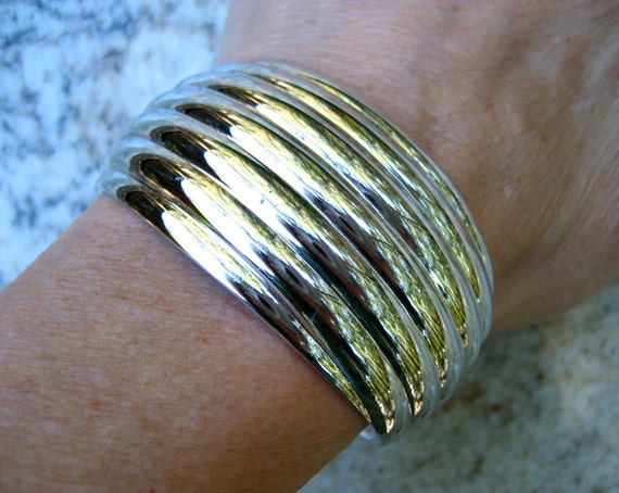 Vintage Wide Bracelet Silver Tone Ribbed Cuff Gauntlet