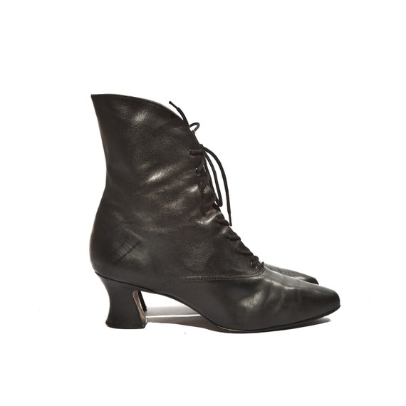 nine west witchy boots black pointy toe high heel ankle