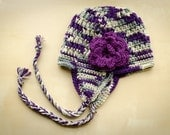teen/adult eaflap hat with flower
