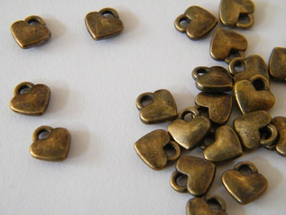 100 Antique Bronze Heart Pendant Charms 8mm x 7mm x 2.5mm Small Heart Pendants Earring Bracelet Charms Bulk Heart Charms Jewelry Making