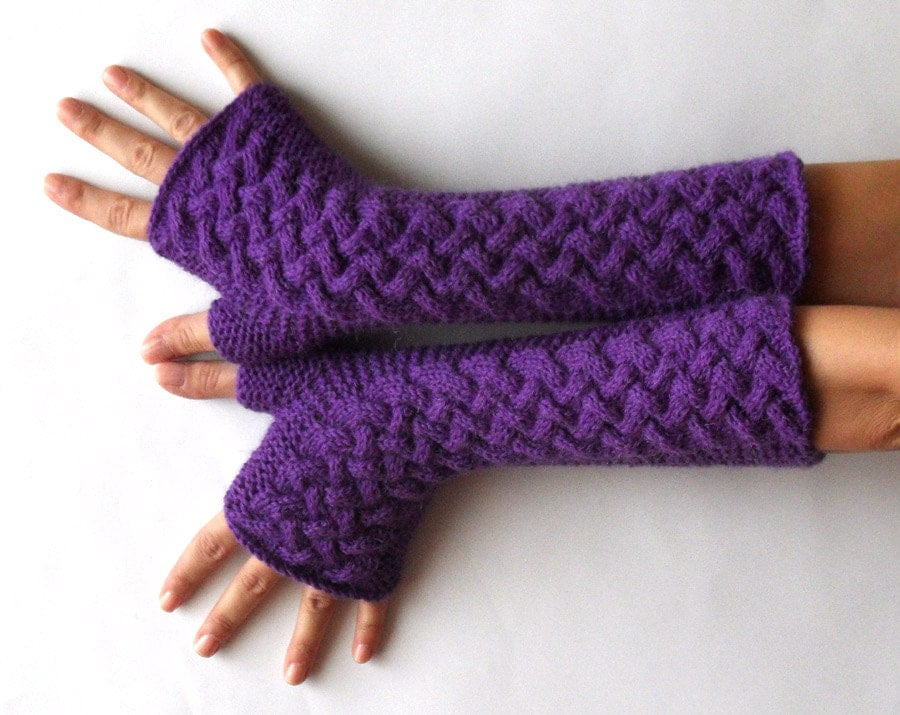 Knit Arm Warmer Pattern : Knit Fingerless Gloves Wool Arm Warmers Purple Hand Warmers