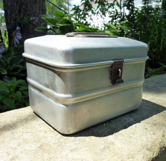 great aluminum wearever double handled miners lunch bucket lunch box 40s
