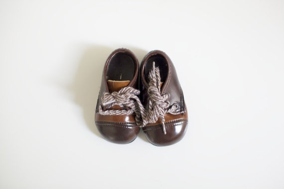 Vintage Patent Brown Saddle Shoes (baby size 1)