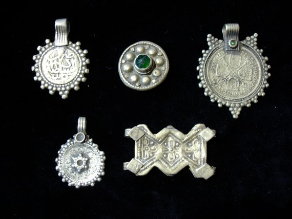 5 gold Kuchi and green jewel coins for Tribal fusion dance