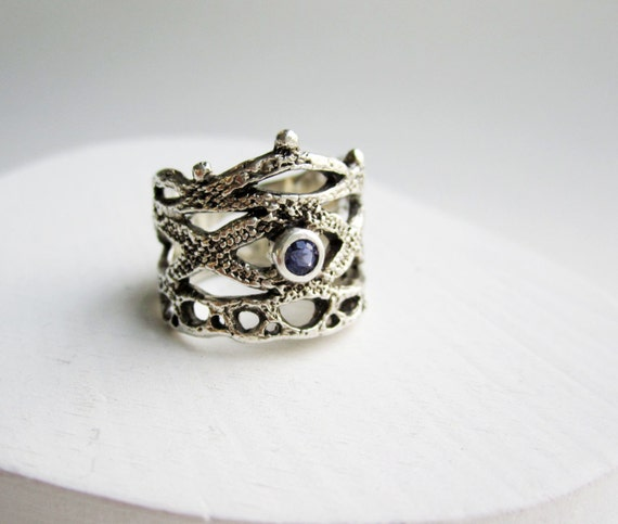 Silver Lace Ring - style4 with Iolite