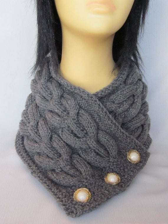 MADE TO ORDER. Hand-knitted Grey Scarf / Neck Warmer / Wrap / Cowl with Beautiful Ornament