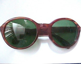 Chic 1940s Women Tortoise Sunglasses - Green Lenses - MADE IN ITALY - New/Old Stock