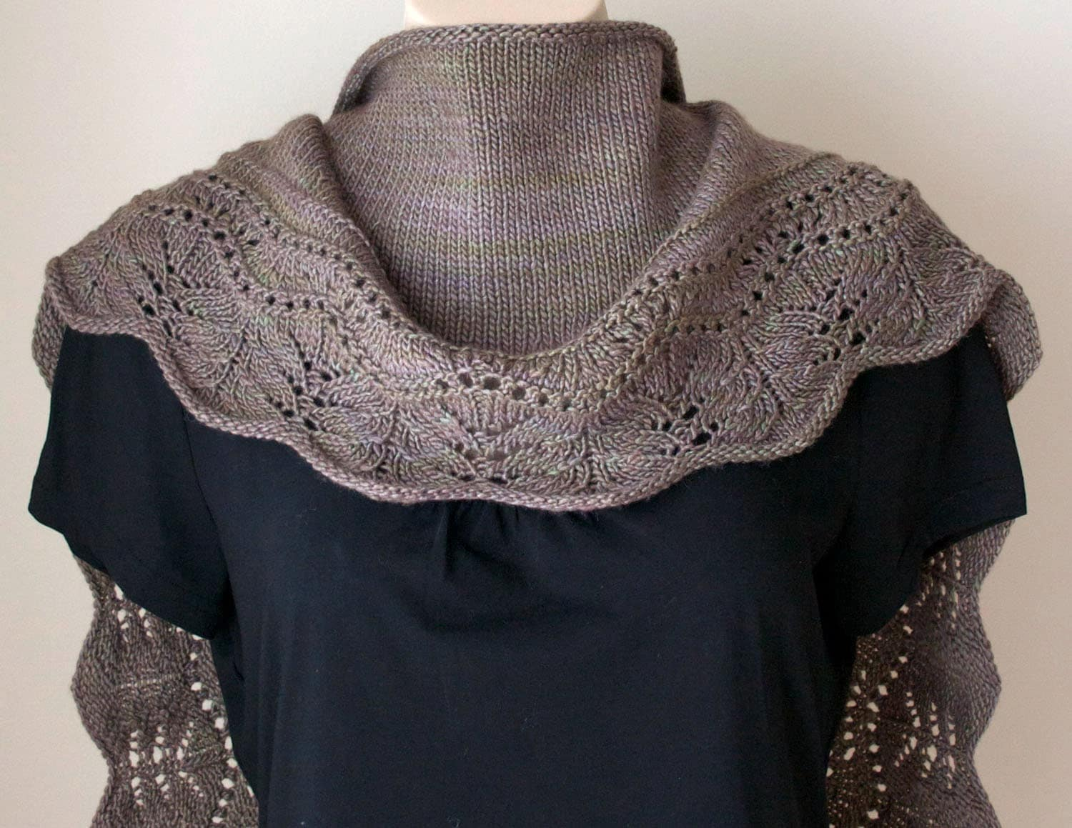 Knitting pattern shawl Farniente Shawl small version Brown