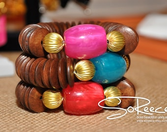 Mahogany brown colored wood and brass stretch bracelet in blue, fuschia, red or yellow resin