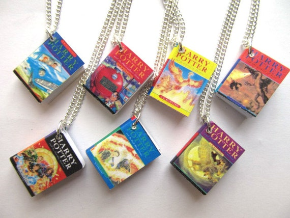 Harry Potter Book Lengths Pages : Harry potter necklace book hogwarts miniblings volume