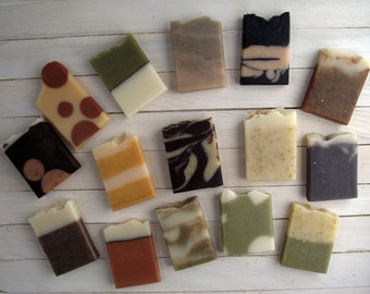Soap Samples - Wedding Favors - Mini soap - Handmade Soap - All Natural Cold Process Soaps - Choose 25 Samples + Personnalized Labels