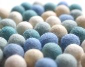 100% Wool Felt Balls, blue shades, 50 pcs, 1 inch (2.3 cm), pure wool, Mix Tautropfen