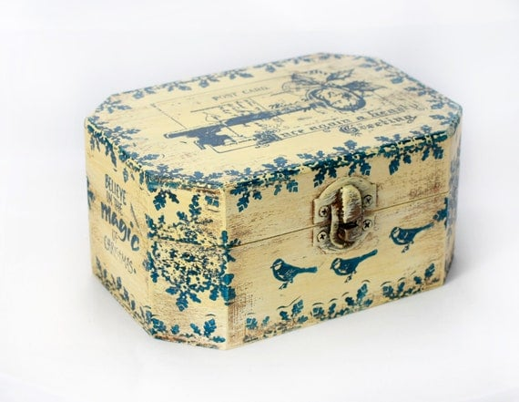 Christmas Wooden Box, Treasury  Box ,  Jewelry box , distressed box , ohtteam