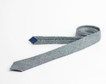 Linen tie, skinny tie in grey and blue