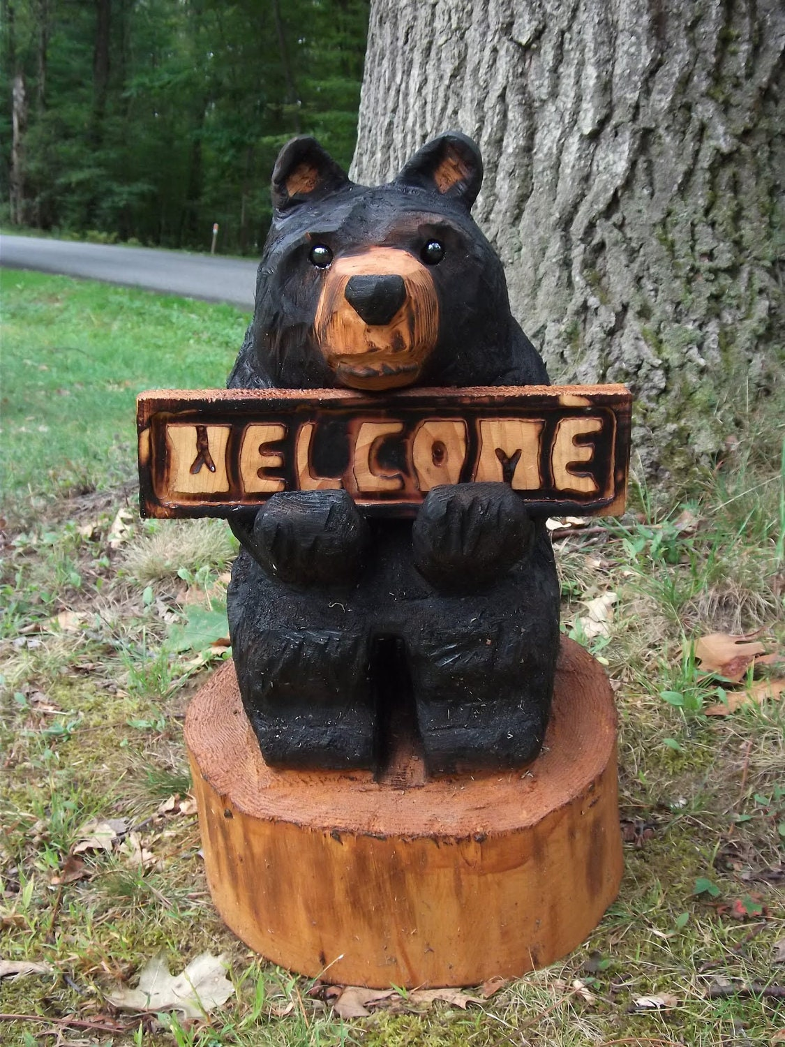 Chainsaw carved welcome bear