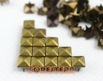 7mm Antique Brass Pyramid Stud Punk Rock Leathercraft Stud (BP07)