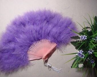 Stunning  feather fan