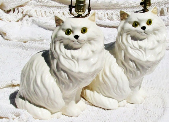 Vintage Persian Cat Lamp Pair Matching Lamps White with Green Eyes