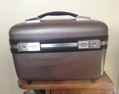 Vintage brown train case American Tourister with mirror