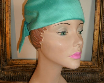 Vintage 1960's Turquoise Blue Hat