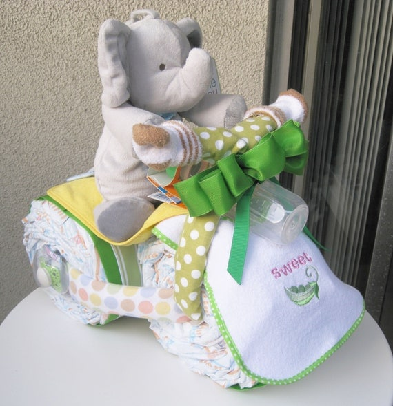 Jungle Themed Baby Gifts Uk : Awesome gift loaded unique green safari sweet by