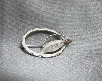 Contemporary Sterling Pin by DEC