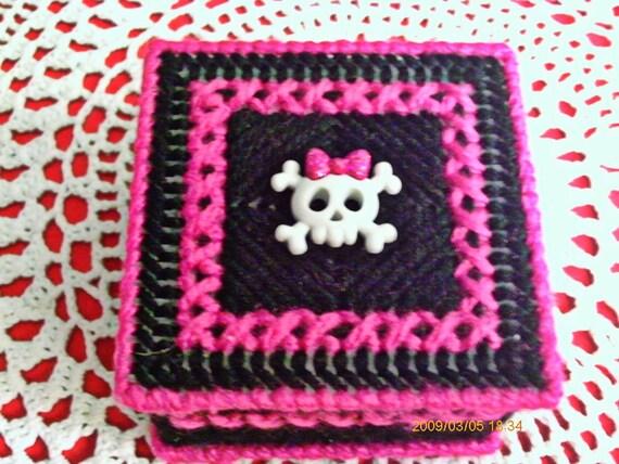 Pink and Black kawaii Skull Trinket box.