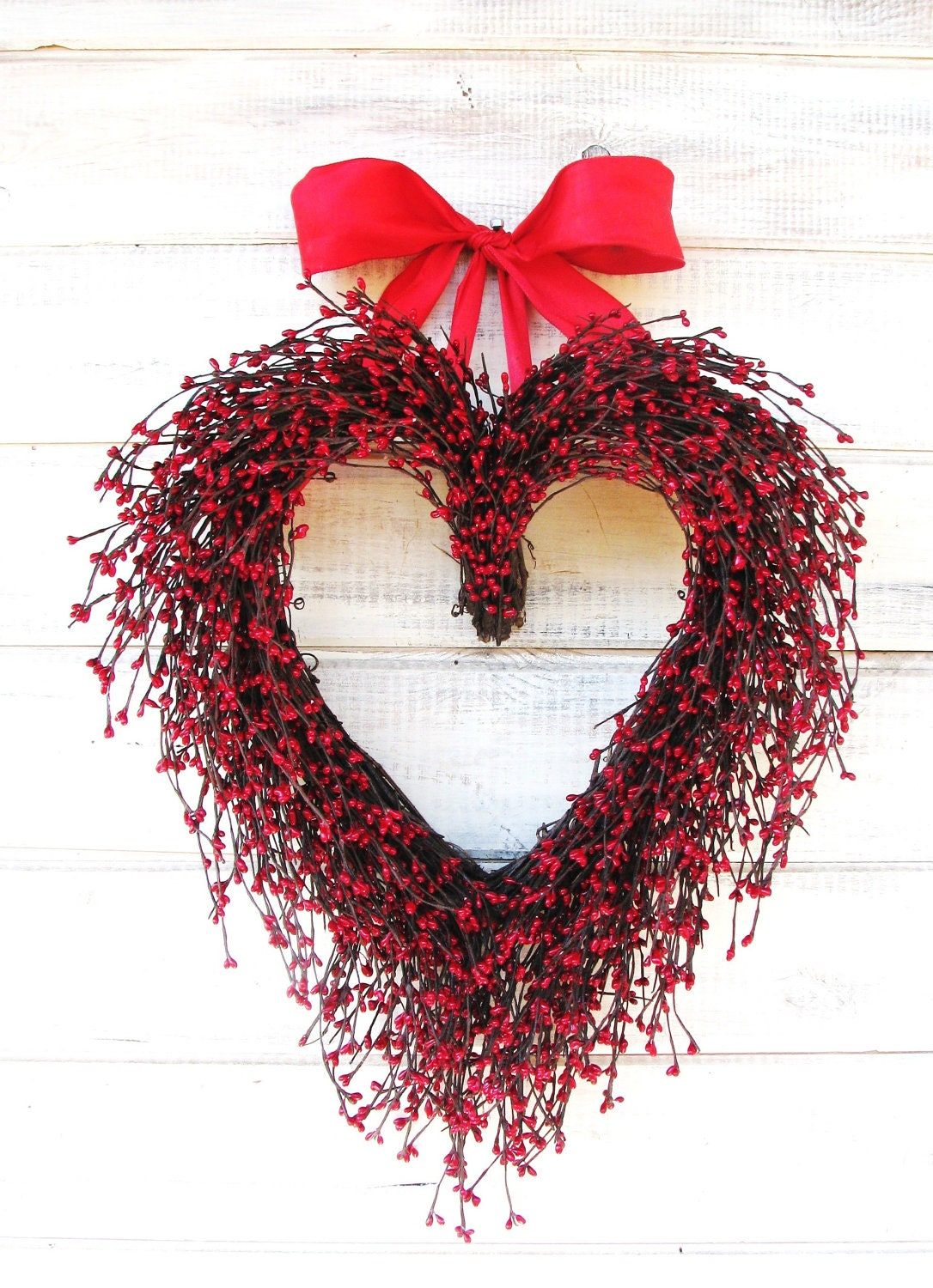 Wedding decor wreath mothers day gift red heart