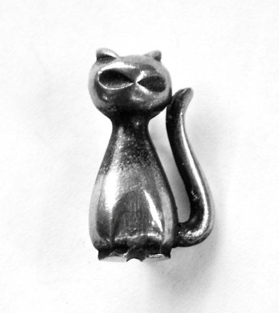 Swedish Modernist Abstract Cat Brooch