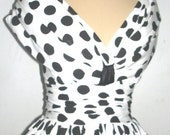 An adorable dress In 100% cotton 50s cocktail dress custom any size welcome