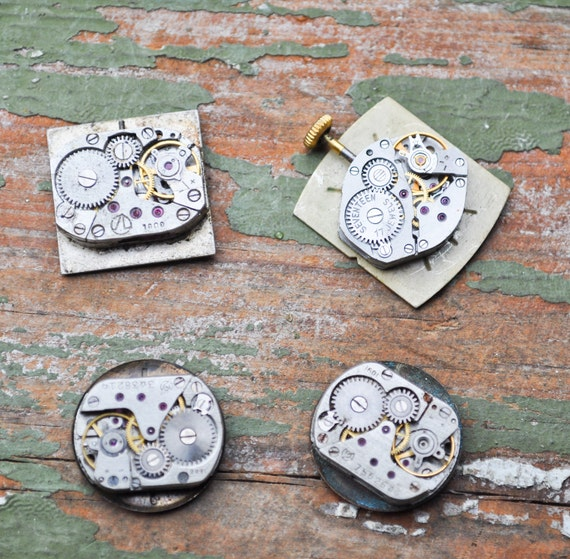 0.6-0.7 inch Set of 4 vintage small watch movements.