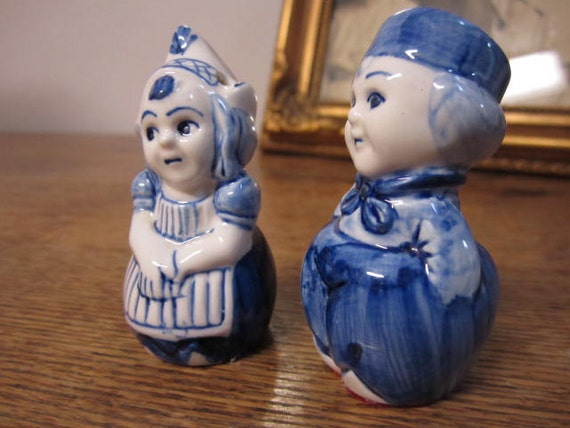 Little Dutch Boy And Girl Salt And Pepper Shakers