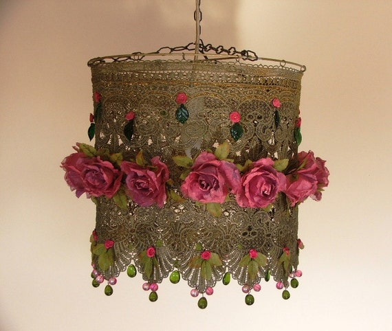 Lacy Hanging Lamp Shade - Lovely Pink Roses