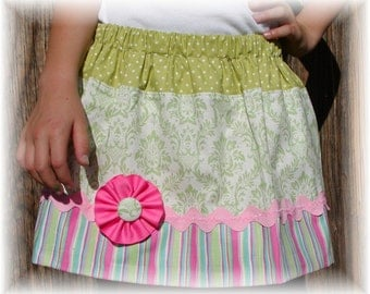 Girls Skirt Custom ...Pistashio Damask...Available in 0-12mon,1/2,3/4,5/6,7/8, 9/10 Bigger Sizes Available
