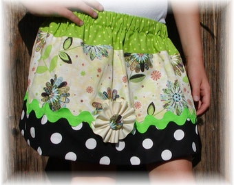 Girls Twirl Skirt Custom ...Flower Patches...Available in 0-12mon,1/2,3/4,5/6,7/8, 9/10 Bigger Sizes Available