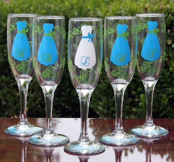8 Personalized Bridesmaid Champagne Flutes with Strapless Gown