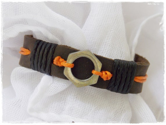 Steampunk Adjustable Leather Bracelet With Gears