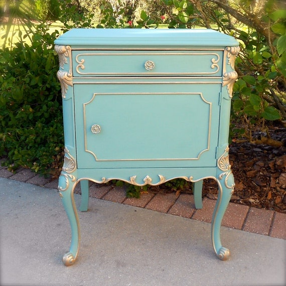Paris Nightstand: Oh So Provence Antique French Provincial Chic Nightstand