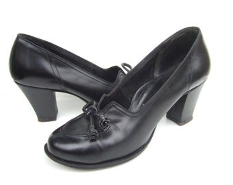 UK 4 Vintage 1950s court shoes black leather pumps EU 37 US 6