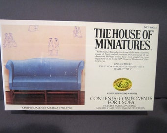 House of Miniatures Chippendale Blue Sofa no 40015