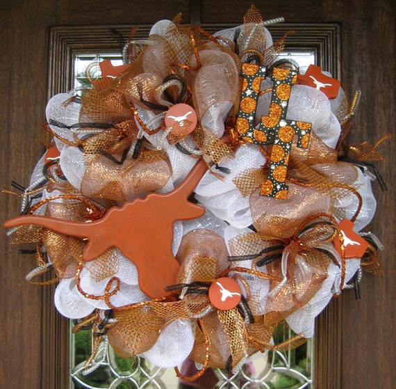 Deco Mesh UNIVERSITY of TEXAS LONGHORNS Wreath