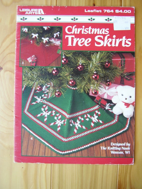 Christmas Tree Skirt Knitting Pattern : Christmas Tree Skirts to Knit/Crochet Pattern Leaflet 764 by